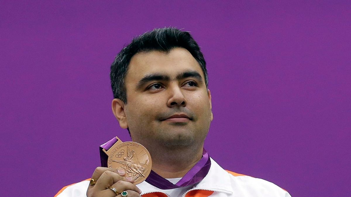 India's Gagan Narang poses with his bronze medal during the 10m air rifle men's victory ceremony at the Royal Artillery Barracks during the London 2012 Olympic Games. (Photo: Reuters)