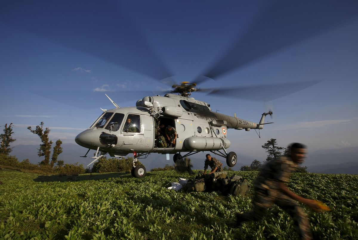 Indian helicopter with relief material in Nepal. (Photo: Reuters)