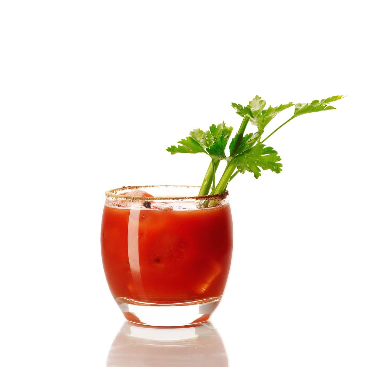 Did science just give you a reason to have your favourite cocktail while travelling? (Photo: iStock)