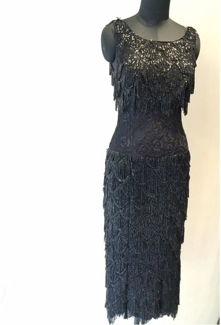 <!--EndFragment--> Dia Mirza is set to dazzle the green carpet in this meticulously crafted Rocky S creation  &nbsp;