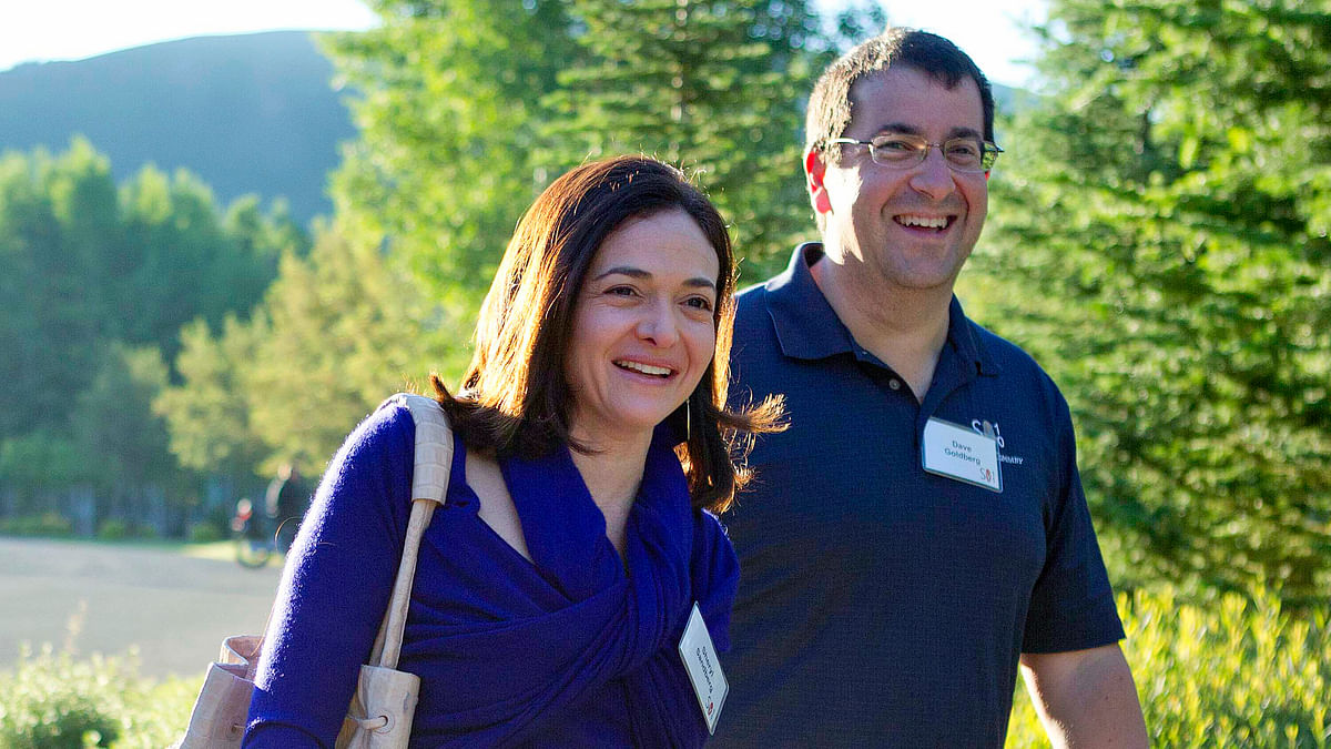 File photo of Facebook COO Sheryl Sandberg, left, and her late husband, David Goldberg.