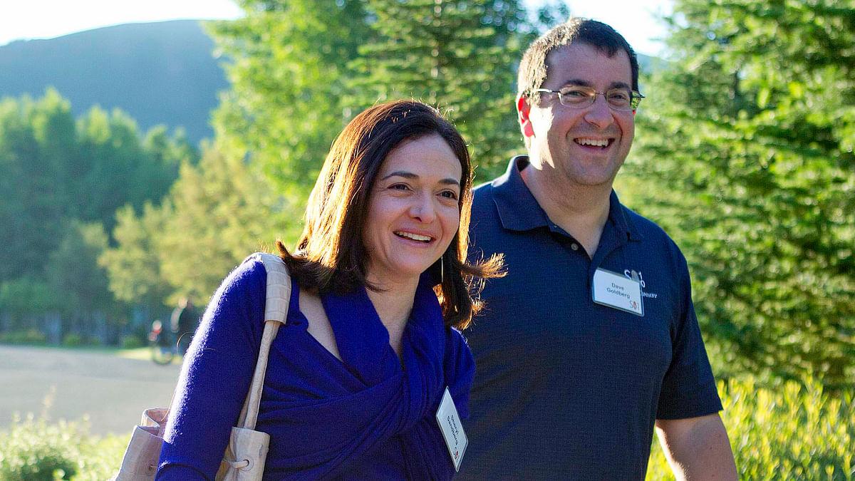 File photo of Facebook COO Sheryl Sandberg, left, and her husband, David Goldberg, CEO of SurveyMonkey in Sun Valley, Idaho. (Photo: AP)