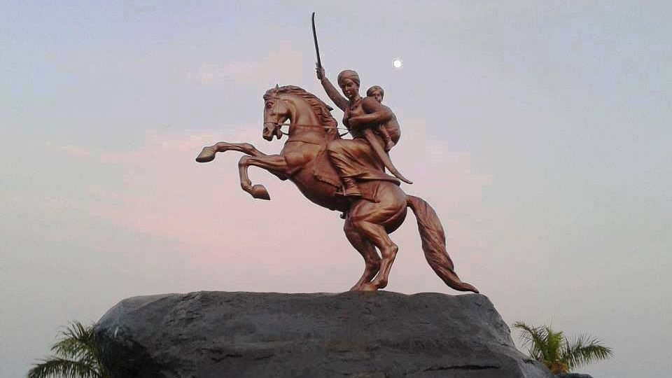 Statue of Rani Lakshmibai of Jhansi.