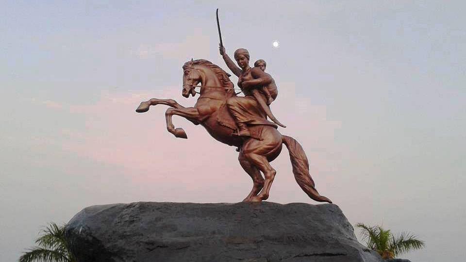 Statue of Rani Lakshmibai of Jhansi.