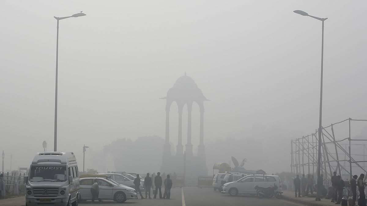 A smoggy day in Delhi. (Photo: Reuters)