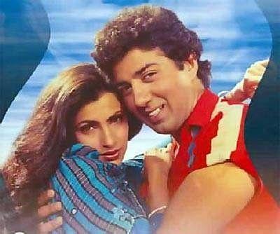 Dimple Kapadia and Sunny Deol in <i>Manzil Manzil</i>
