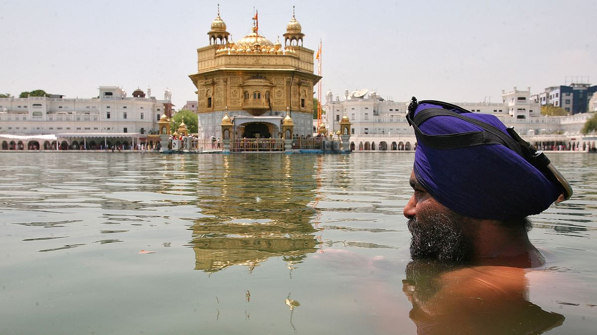 A devotee at the Golden Temple. (Photo: Reuters)
