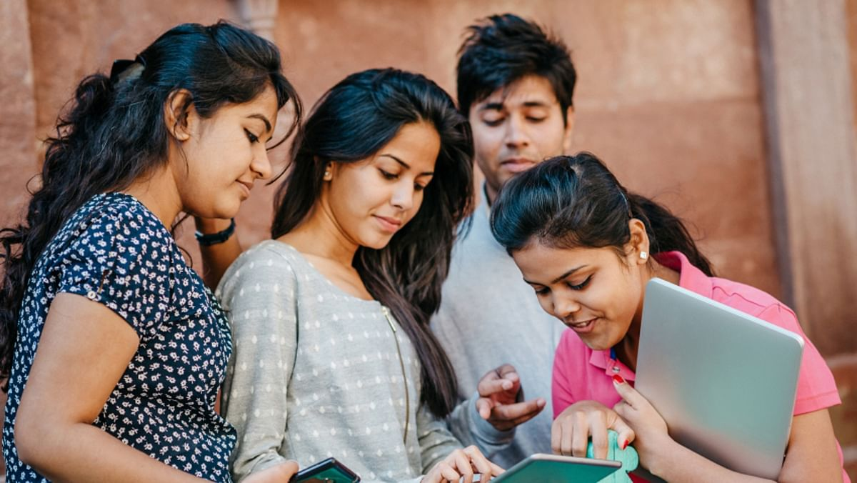 Students today have more options than ever before. (Photo: iStockPhoto)