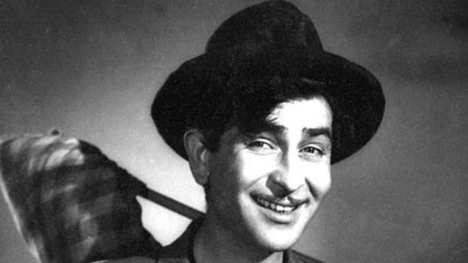 Raj Kapoor in <i>Shree 420.&nbsp;</i>