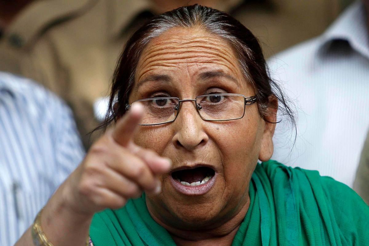 Dalbir Kaur, Sarabjit Singh's sister (Photo: Reuters)