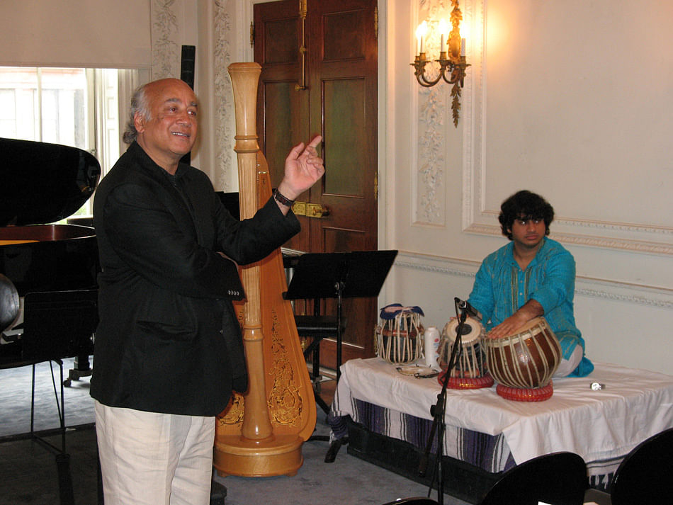 """Music composer Shirish Korde at one of his previous performances. (Photo Courtesy: <a href=""""http://shirishkorde.com/gallery/"""">shirishkorde.com</a>)"""
