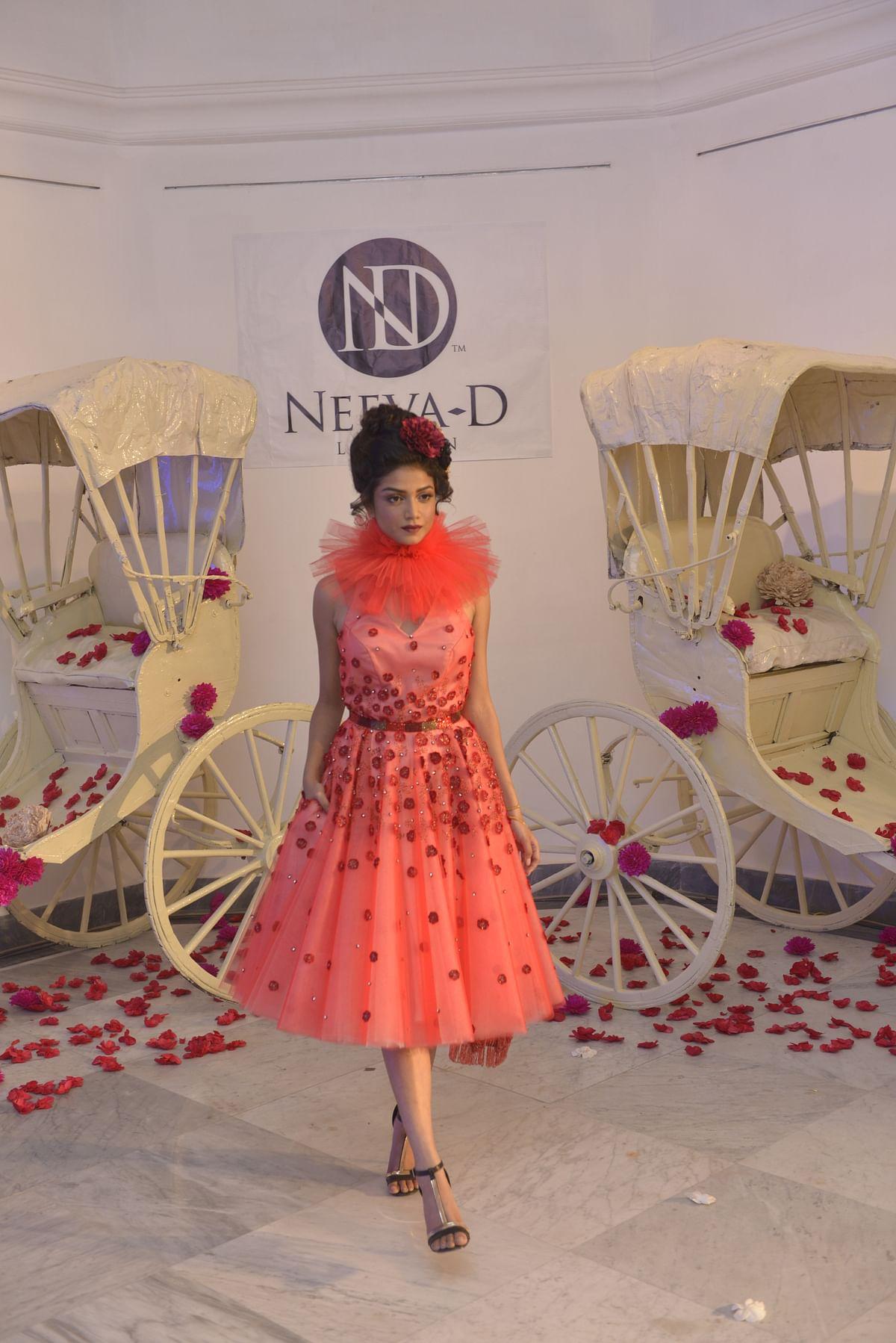 A model walks in a Neeva Debnath dress at the 'Neo-Colonial' show in Kolkata.