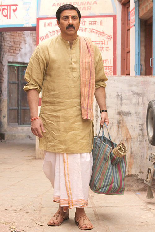 Sunny Deol in a scene from <i>Mohalla Assi</i>