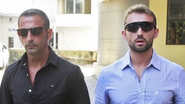 Italian Marines Massimiliano Latorre (left) and  Salvatore Girone are charged with murder in India. (Photo: Reuters)