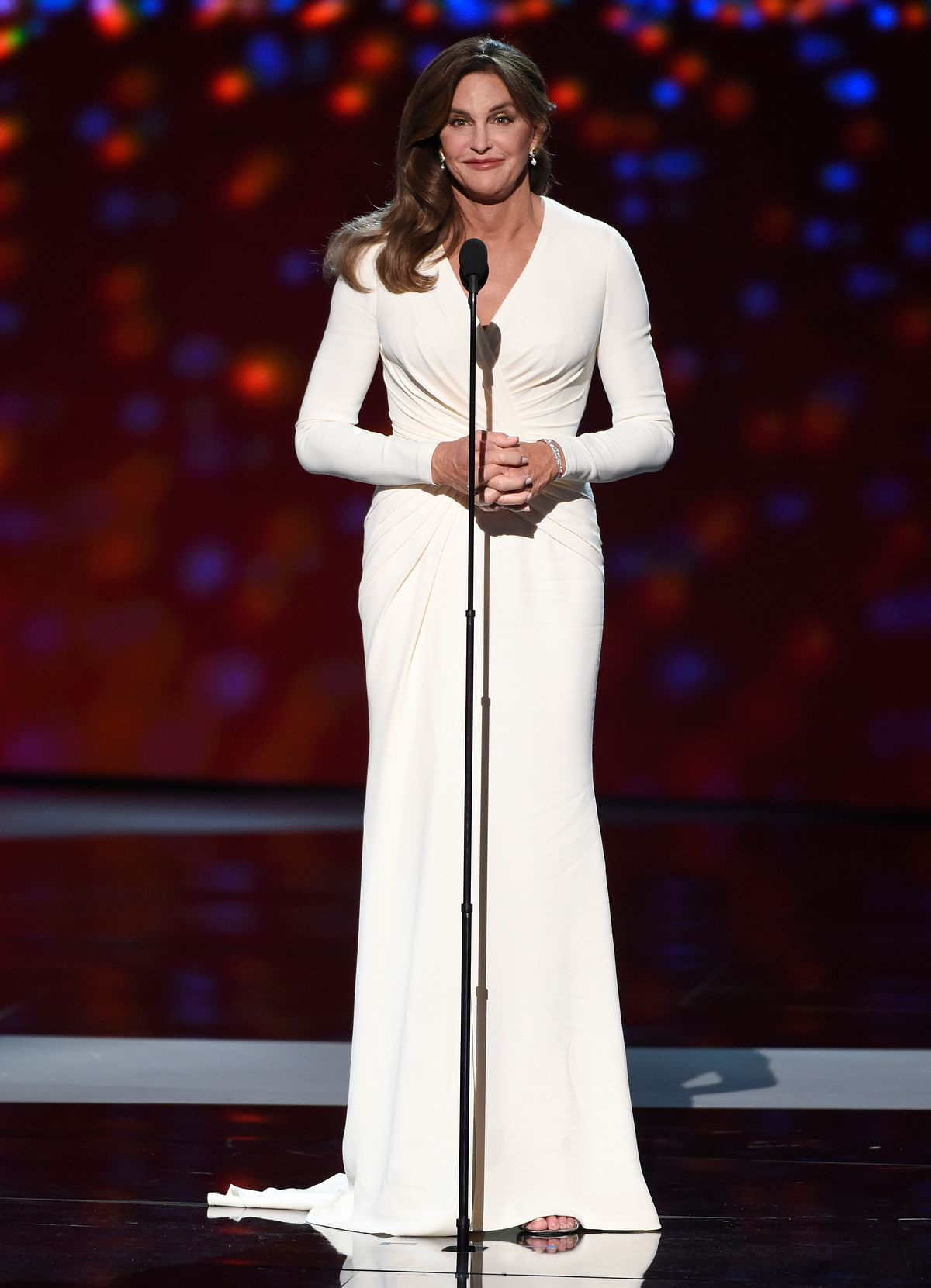 Caitlyn Jenner said, the trans people deserve your respect (Photo: AP)