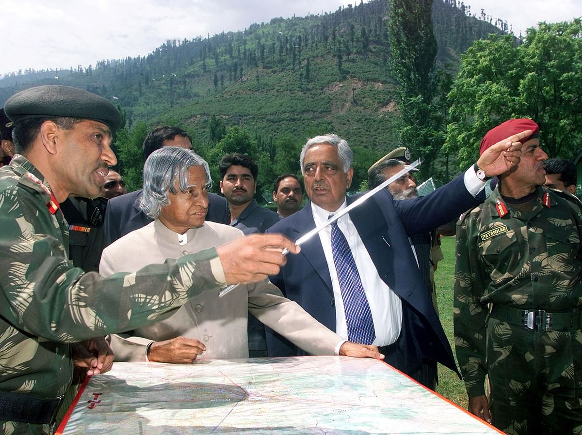 File picture of Dr APJ Kalam with army officers somewhere in Jammu and Kashmir. (Photo: Reuters)