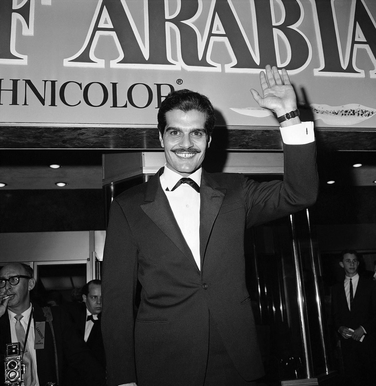"""1962 file photo, Omar Sharif, who plays the part of Ali in """"Lawrence of Arabia"""", arrives for the premier in Hollywood. (Photo: AP)"""