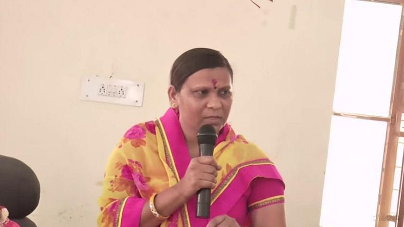 "A video screenshot showing Rajasthan BJP MLA Shimla Bawri purportedly saying she gave money to journalists before elections. (Photo Courtesy: YouTube <a href=""https://www.youtube.com/watch?v=T76H69F6xUA"">Screenshot</a>)"