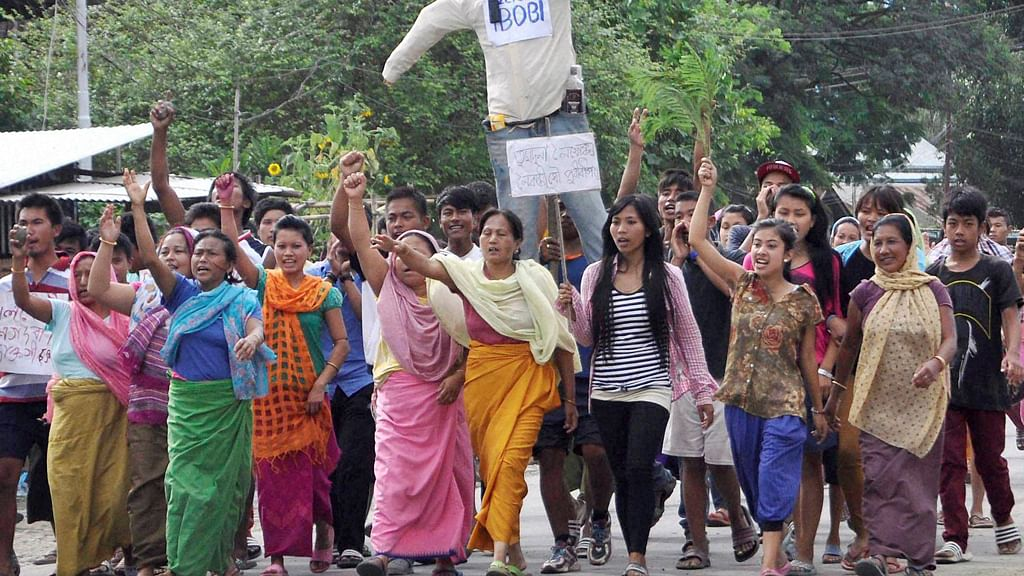 The tussle between the <i>mayangs</i> (outsiders) and native residents has&nbsp;taken an ugly turn in Manipur. (Photo: PTI)