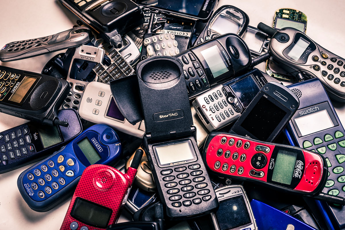 E-waste in India mobiles in 2020 would rise 18 times. (Photo:iStock)