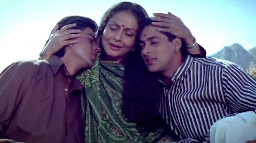 "SRK, Rakhee and Salman Khan in a scene from&nbsp;<i>Karan Arjun, 1995</i>&nbsp;(Photo: <a href=""https://www.youtube.com/watch?v=wH9T3TPE8Gk&amp;feature=youtu.be"">YouTube/Eros Now</a>)"