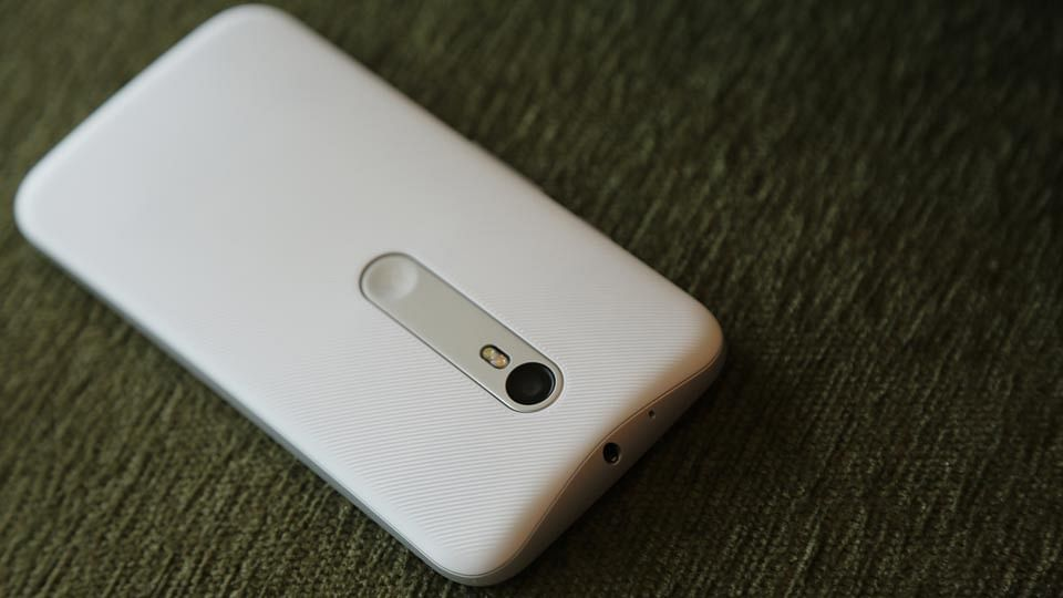 Moto G 3rd Gen. (Photo: The Quint)