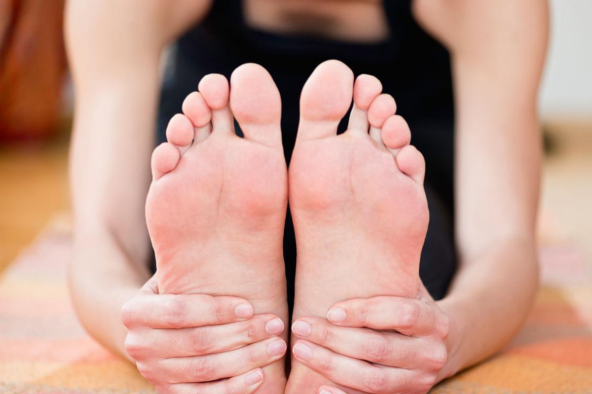 Your heels need some Yoga lovin' (Photo: iStock)