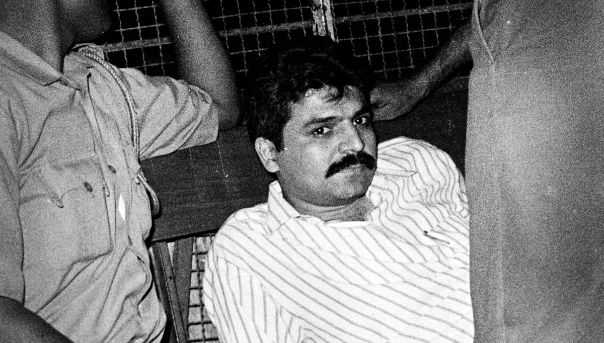 D-Company member Yakub Memon being taken away by the police in 1993 after the serial blasts.