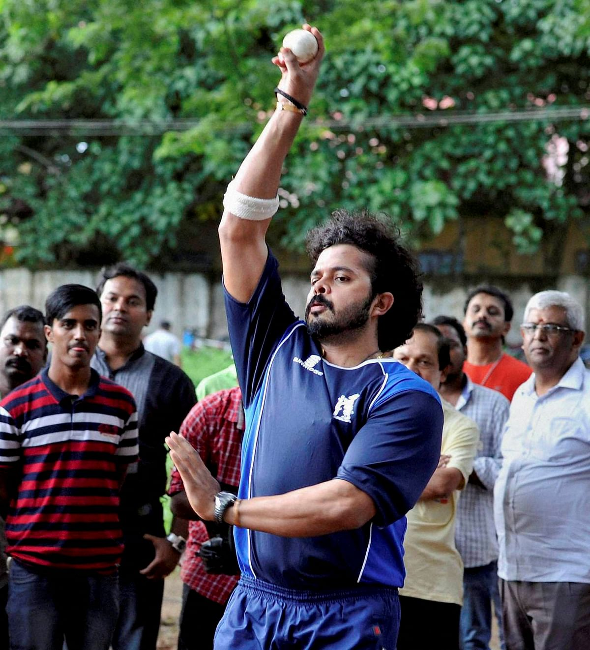 A day after the charges in the spot-fixing scandal against S Sreesanth were dropped, the former India pacer returned to practise in the nets in Kochi. (Photo: PTI)