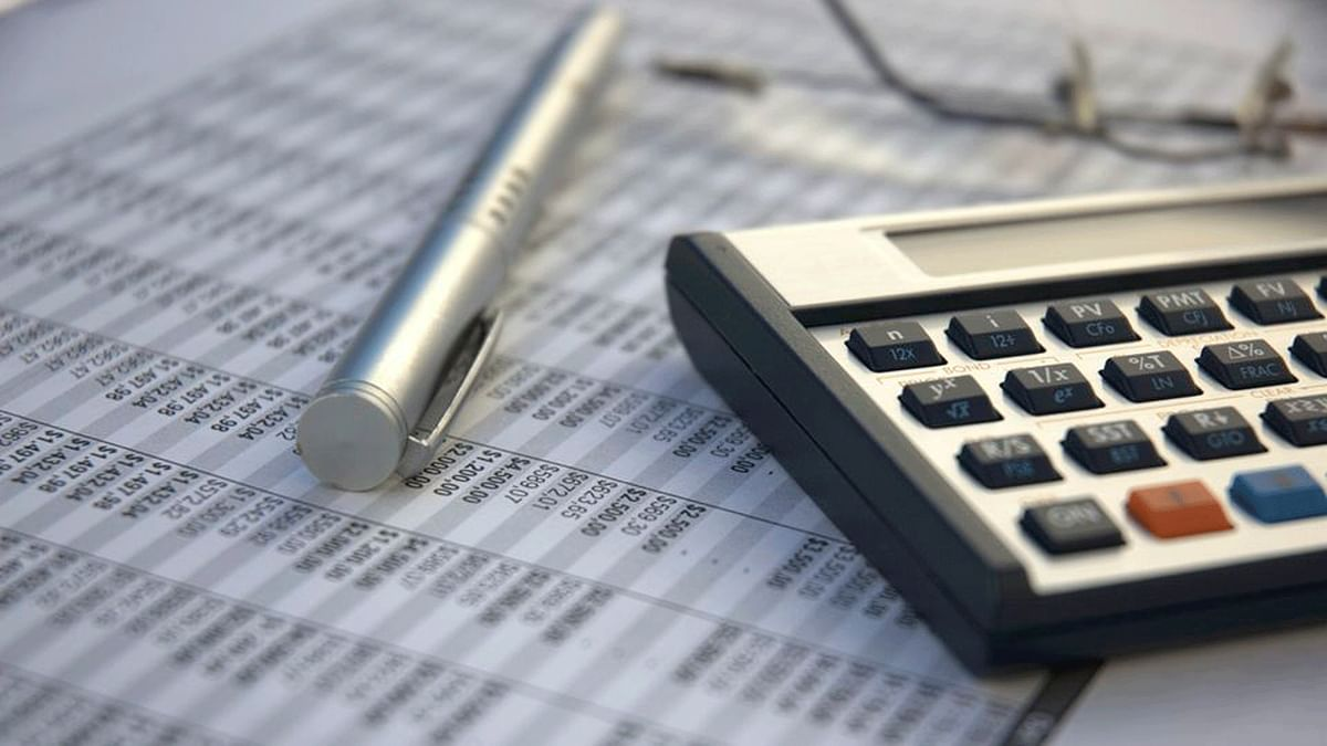 Indian companies' June-quarter earnings maybe worse than in the previous three-month period. (Photo: iStockphoto)