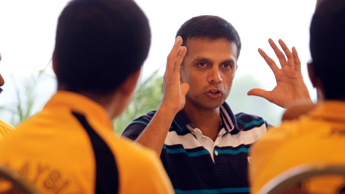 File picture of Rahul Dravid speaking to Malaysia's U-16 cricketers during a cricket clinic in Kuala Lumpur June 27, 2012. (Photo: Reuters)
