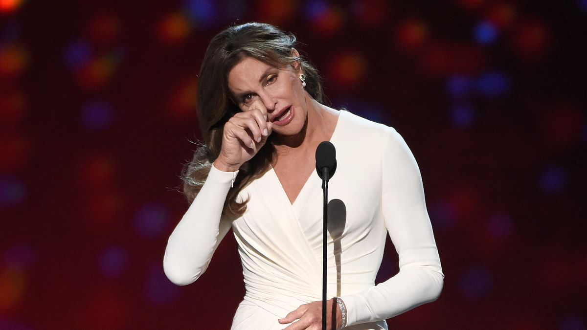 Caitlyn Jenner breaks down during her 10 minute long speech at ESPY awards (Photo: AP)