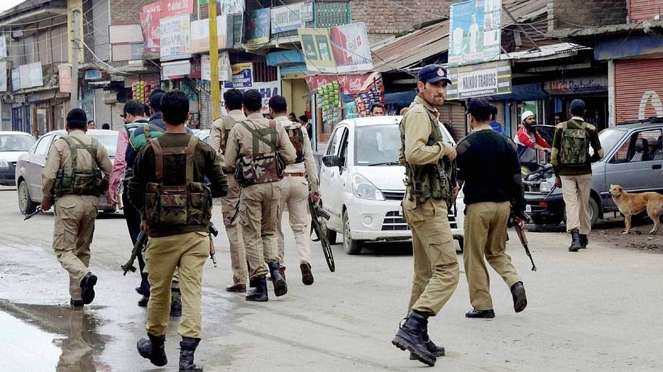 Security personnel in Kashmir. Image used for representational purposes only. (File photo: PTI)