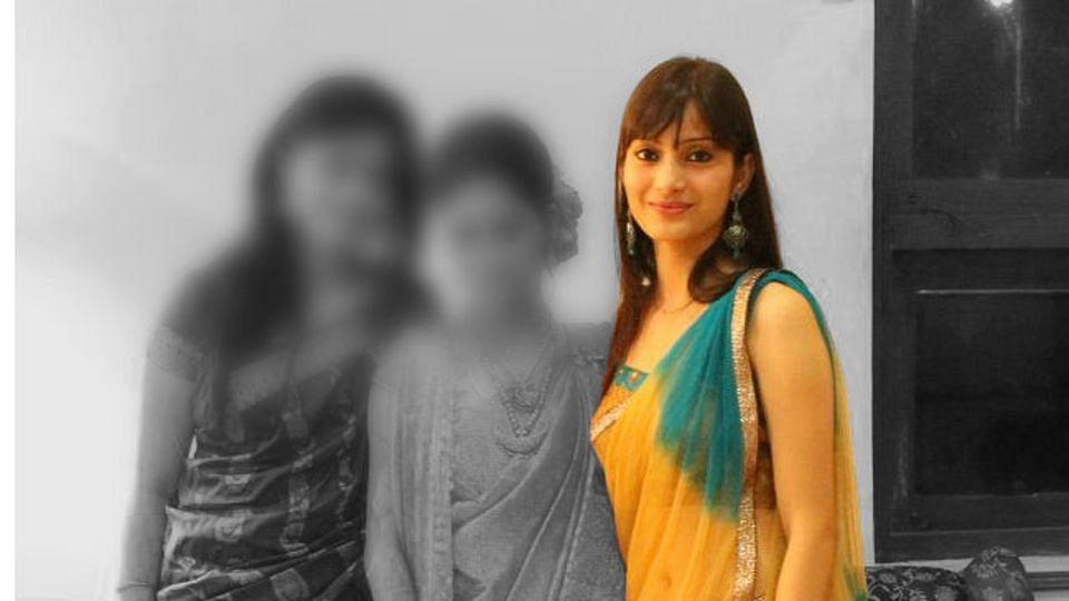 Sheena Bora was allegedly killed by her mother Indrani Mukerjea. (The photo was altered by <i>The Quint</i>)
