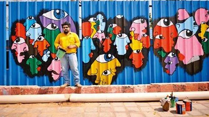 A mural on the walls of Tihar Jail in the capital. (Photo: Pradeep Gaur)