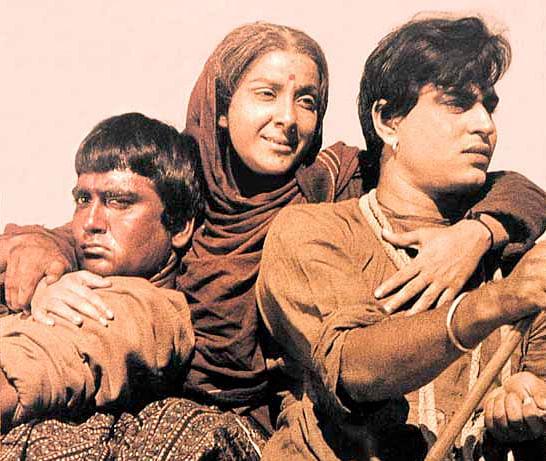 Nargis with Sunil Dutt and Rajendra Kumar in <i>Mother India</i>