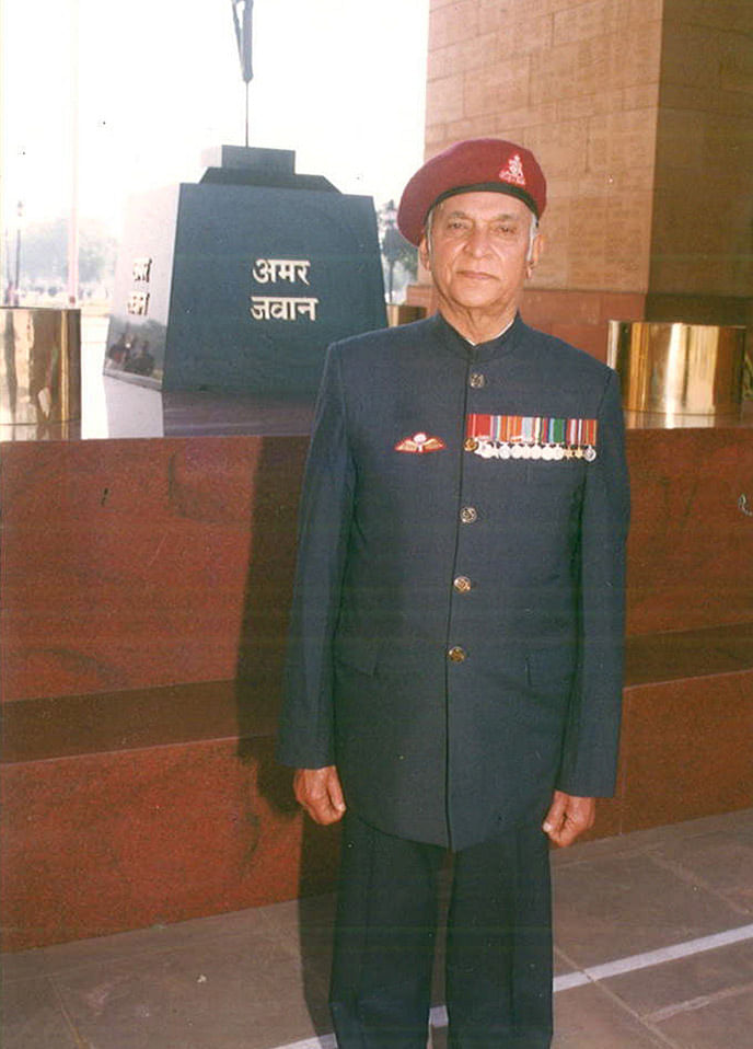 Col PR Jesus, SM, (Retd) at Amar Jawan Jyoti, India Gate, New Delhi. 2008. (Photo: Rohit Khanna)