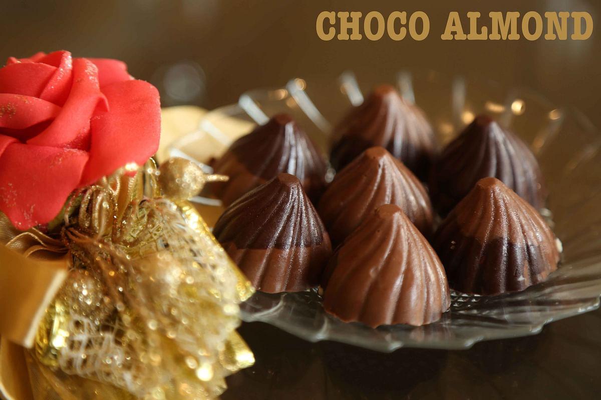 Choco-almond modaks by Neeru's Cakes & Desserts (Photo: The Quint)