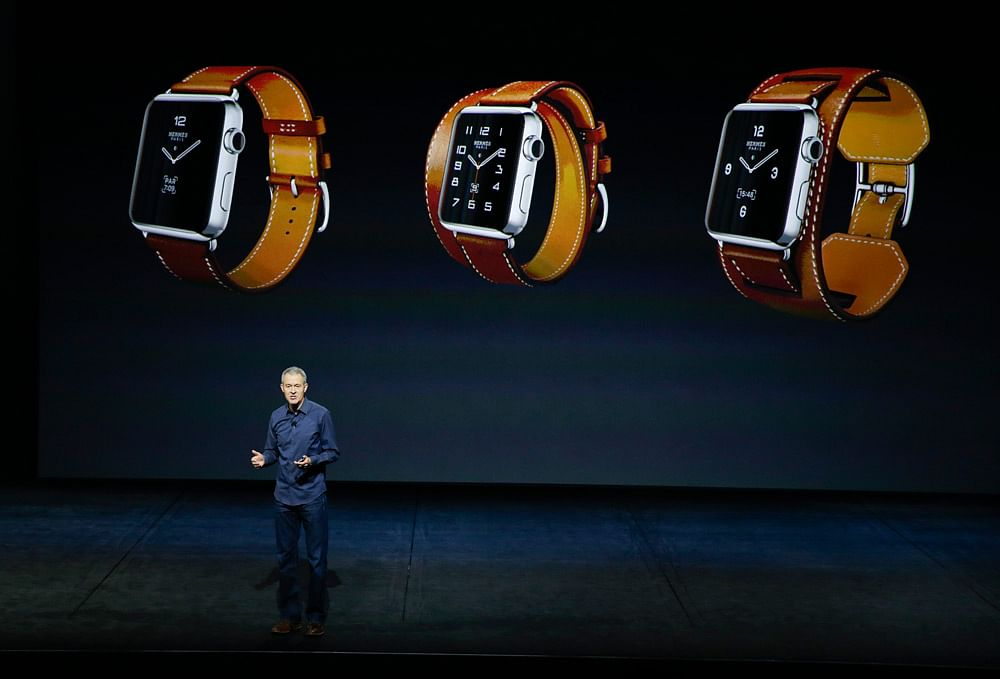 Jeff Williams, senior vice president of Operations, discusses the iWatch at the Apple event. (Photo: AP)