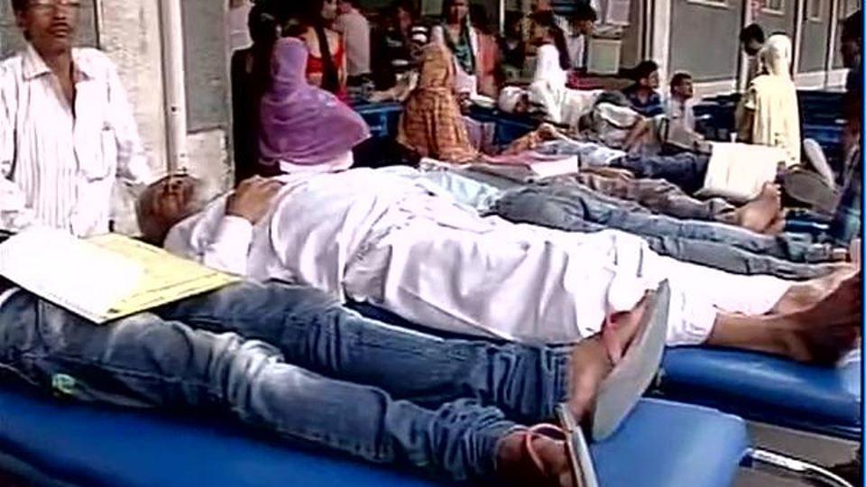 Dengue patients at AIIMS. (Photo: ANI)