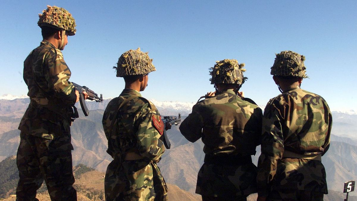 Pakistani soldiers hold exercises overlooking the Indian side of the Kashmir post in Chirikot in the Poonch sector of Pakistan-controlled Kashmir. Image used for representational purposes. (Photo: Reuters)