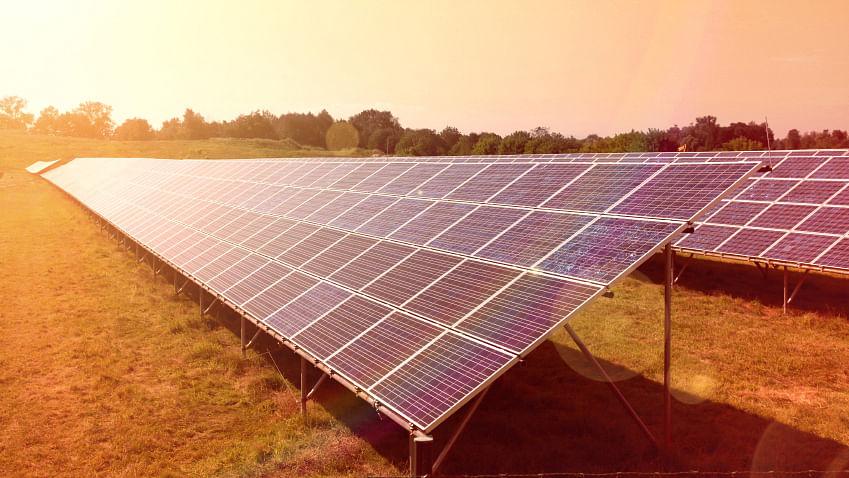 Solar panels. (Photo: iStockphoto)