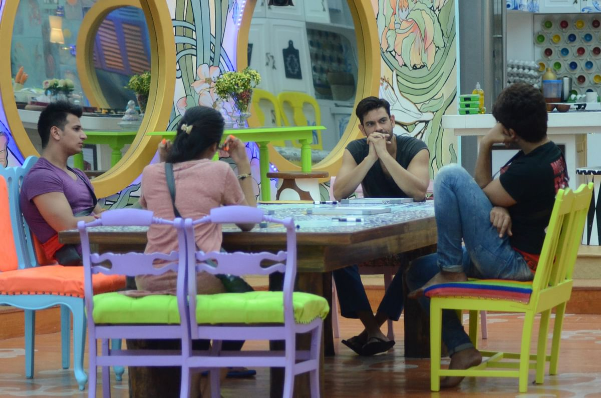 Deep discussion: Keith, Prince, Suyyash and Digangana have a serious chat