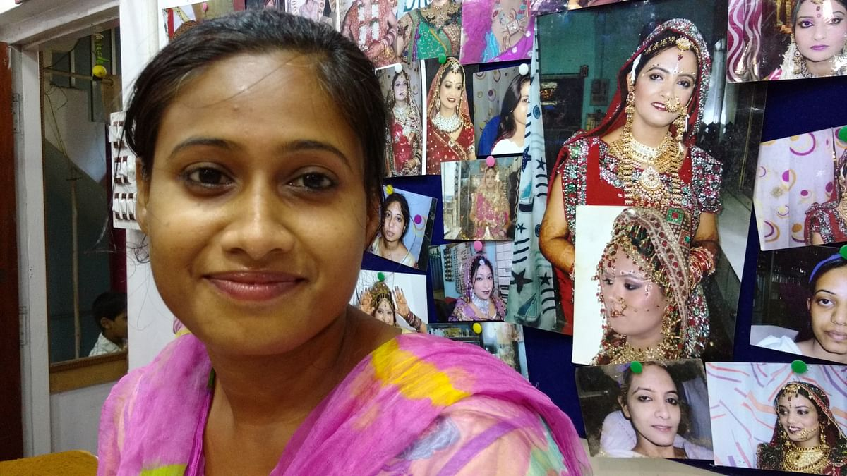 Anu, 23, says the Mahagatbandhan spoilt the chances of her voting for Nitish. (Photo: <b>The Quint</b>)