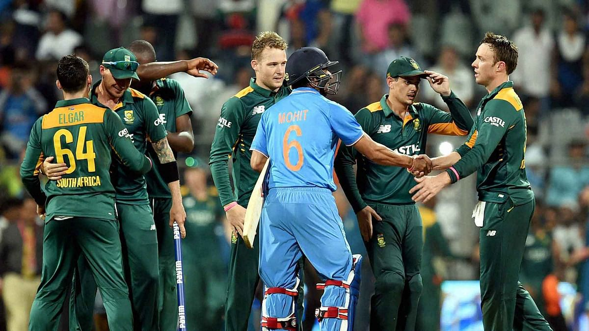 South African players celebrate the victory against India in the final ODI. (Photo: PTI)