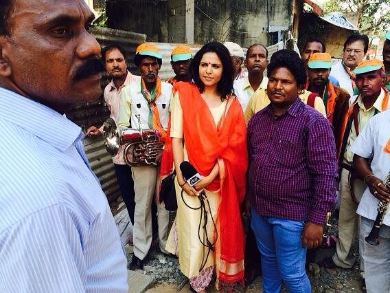Preeti Choudhry reporting from the BJP Office in Nagpur. (Photo: Twitter/preetichoudhry)