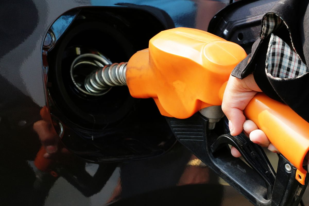 There remain practical reasons for the desire to switch to clean fuel. (Photo: iStockphoto)