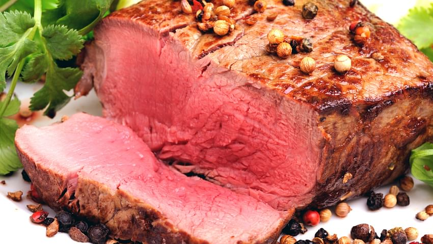 A Controversy on Red Meat: To Eat or Not to Eat