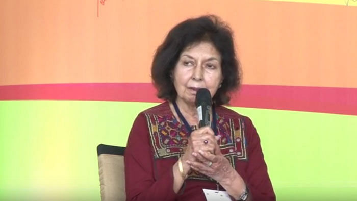Nayantara Sahgal Denies Reports of Accepting Sahitya  Award Back