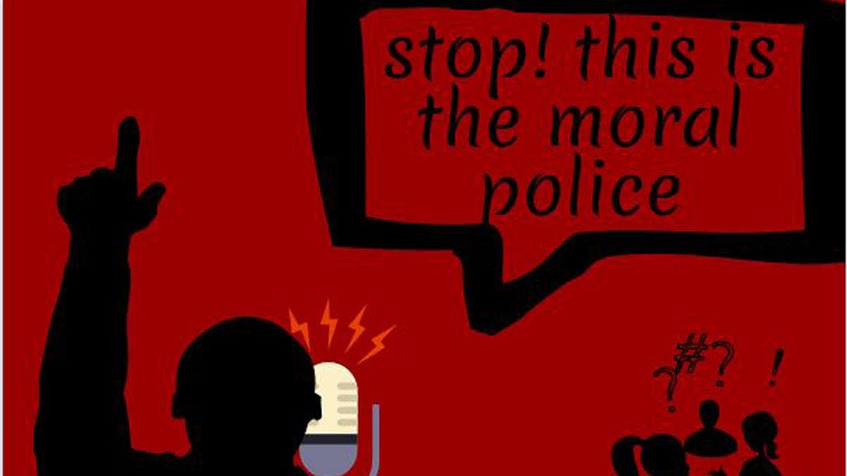 Muthalik, Bajrang Dal Back K'taka's Clamp Down on Moral Policing